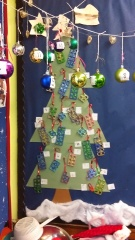 A bauble number line was the finishing touch!
